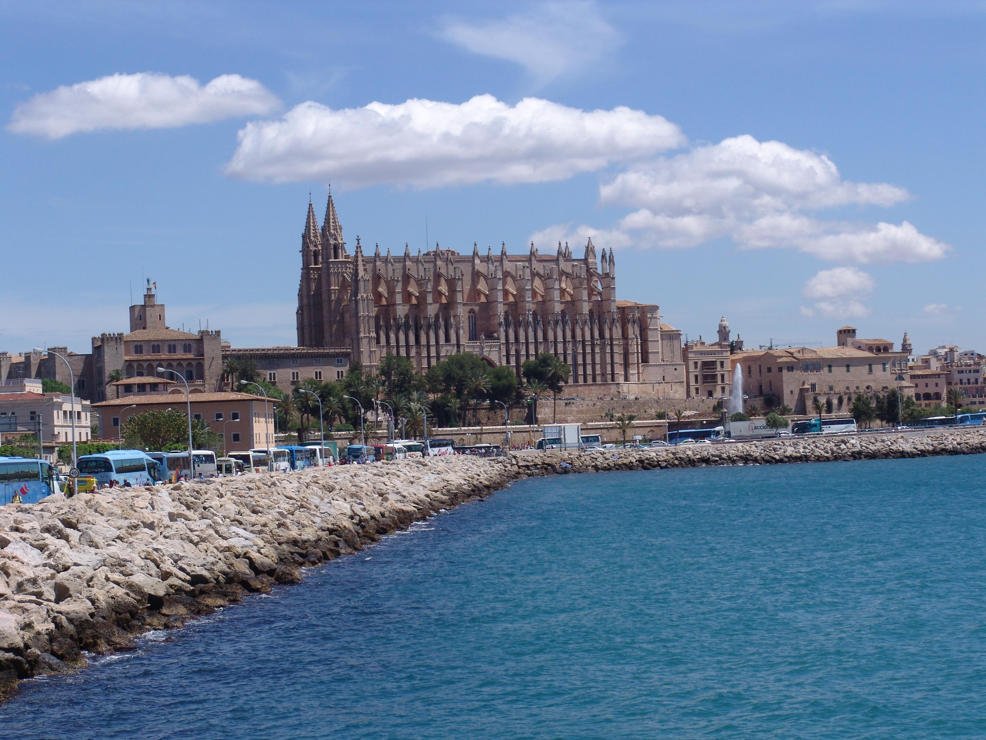 Ta sig till Palma på Mallorca